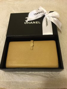 Chanel Chanel Continental Enamel Snap Wallet