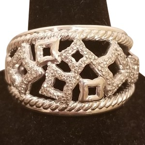 David Yurman David Yurman Diamond Quatrafoil Silver ring