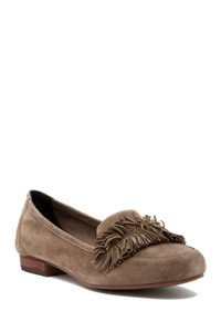 Adam Tucker brown paute Flats