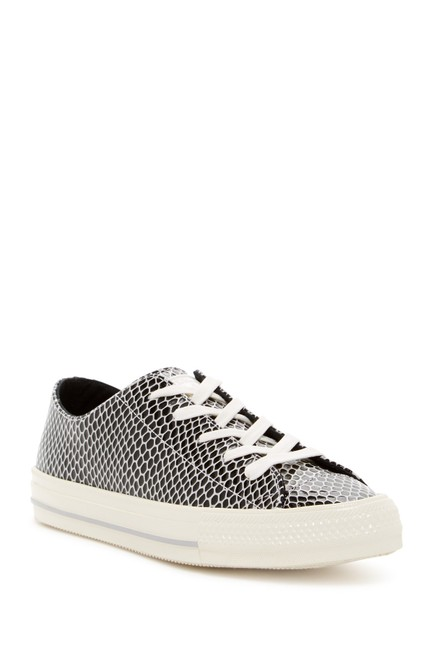 Item - Black White Oxfords Low Tops Oxfords Sneakers Size US 5.5 Regular (M, B)
