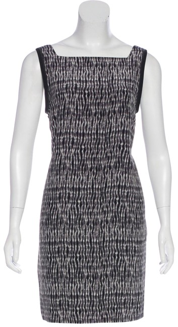Item - Grey Lower Back Silk Mid-length Night Out Dress Size 4 (S)