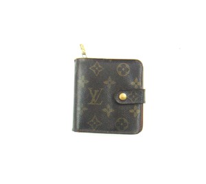 Louis Vuitton Zippy Compact Clutch Monogram Canvas Leather Wallet