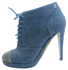 Chanel Gray Wool, Suede cap toe Boots