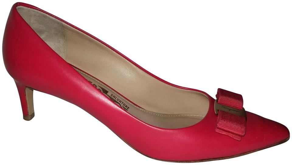 Salvatore Ferragamo Red Leather Varina Leather Red Kitten Pumps 2d60dc