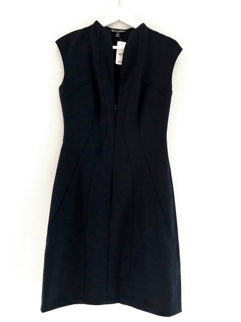 Preload https://img-static.tradesy.com/item/23132899/brooks-brothers-navy-cap-sleeve-crepe-satin-sheath-short-workoffice-dress-size-0-xs-0-0-650-650.jpg