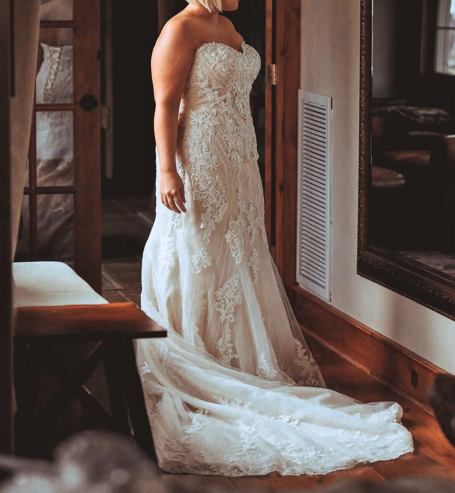 Wedding Gown Australia: Essense Of Australia Ivory Lace And Regency Organza Over