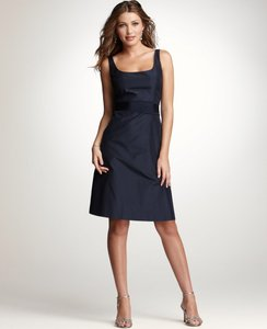 aa7ff15597 Ann Taylor Navy Silk Taffeta Scoop Neck with Pockets Modern Bridesmaid Mob  Dress Size 4