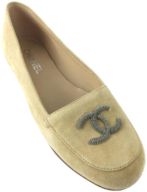 Item - Tan Cc Suede Loafer Formal Shoes Size EU 39 (Approx. US 9) Regular (M, B)