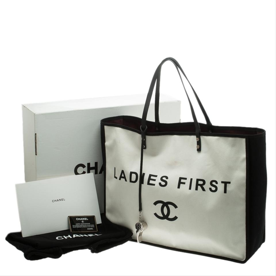 6a6bfbce3456 Chanel White/Black Ladies First Shopper Tote White Canvas and Fabric ...