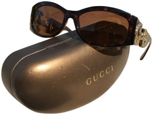 f74f028f4a Gucci Sunglasses on Sale - Up to 70% off at Tradesy