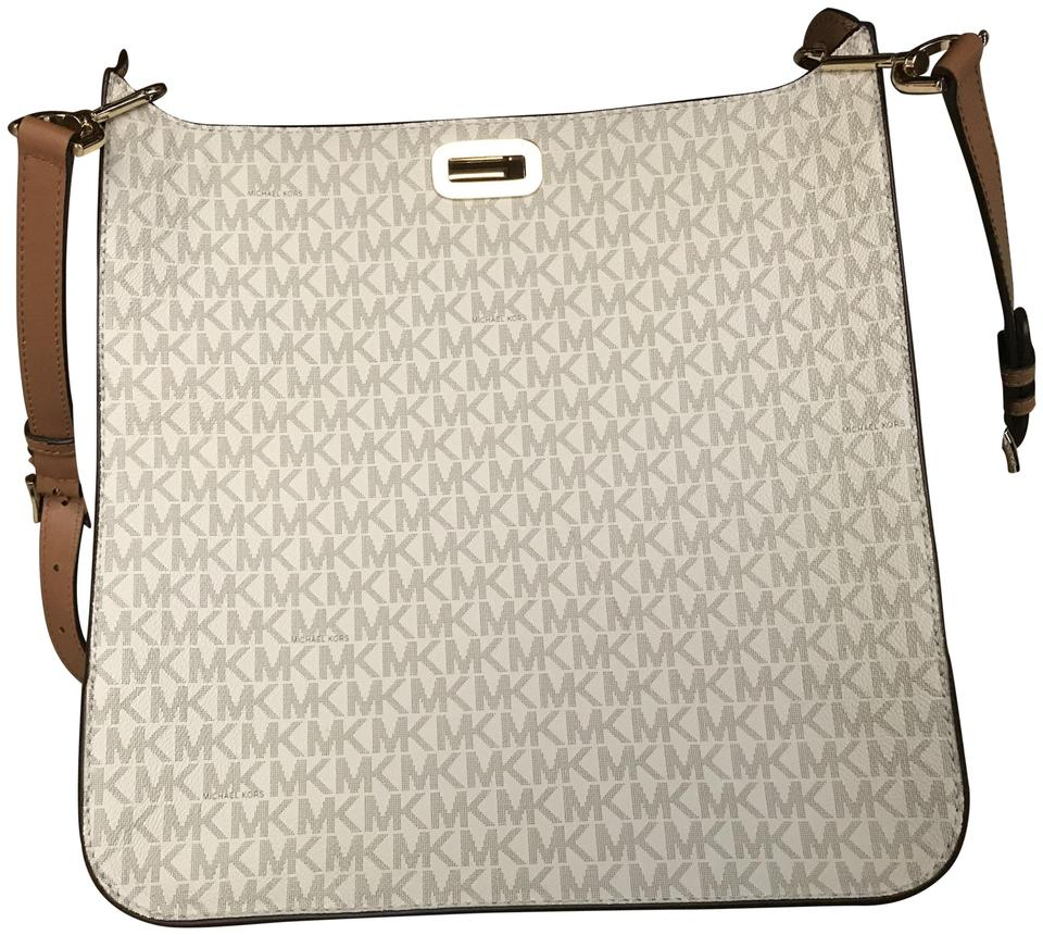 97d060d9a3fb24 Michael Kors Signature Sullivan Large North South Messenger Vanilla Canvas Cross  Body Bag