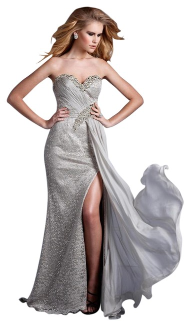 Item - Silver Finely Beaded with Breezy Drape -- E2119 Long Formal Dress Size 4 (S)