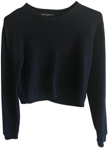 Brandy Melville Winter Cropped Sweater