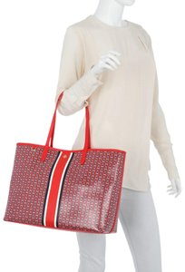 Tory Burch Tote in brand new! samba stripe