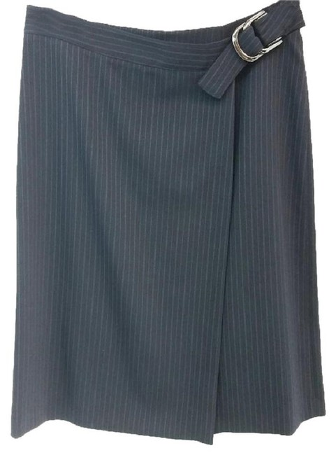 Preload https://img-static.tradesy.com/item/23140180/emporio-armani-gray-light-stripes-black-wool-wrap-skirt-size-6-s-28-0-0-650-650.jpg