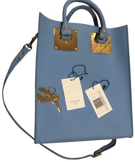 Preload https://img-static.tradesy.com/item/23141103/sophie-hulme-mini-albion-light-with-dust-blue-leather-tote-0-3-540-540.jpg