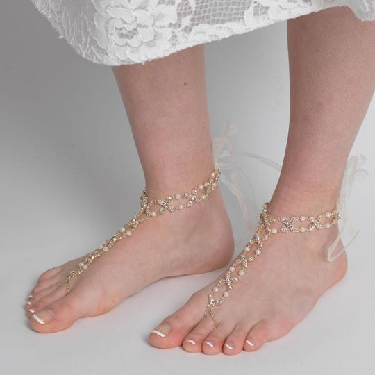 Elegance by Carbonneau Silver Gold Rose Gold Pearl and Rhinestone Beach Wedding Barefoot Bridal Foot Jewelry Image 3