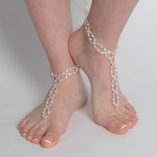 Elegance by Carbonneau Silver Gold Rose Gold Pearl and Rhinestone Beach Wedding Barefoot Bridal Foot Jewelry Image 7