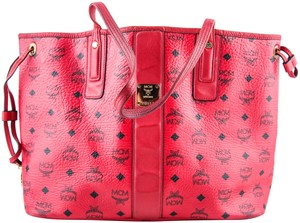 MCM Tote in * Red