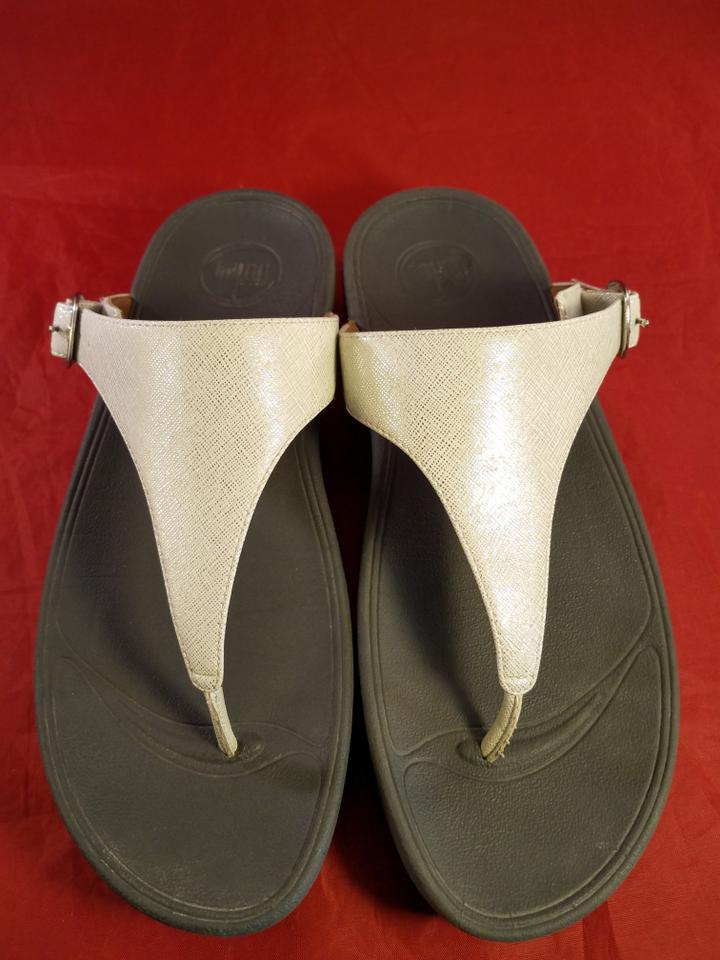 805a2e9ade3 FitFlop Off White ( Cream) and Gray Thong Metallilc Leather Sandals ...