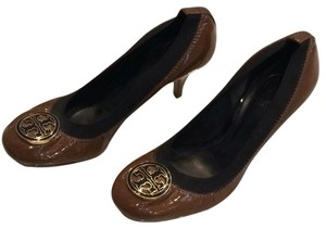 Tory Burch Patent Wood Sole Classic Brown Pumps