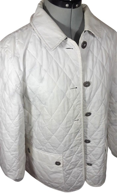 Preload https://img-static.tradesy.com/item/23142043/burberry-white-multi-quilted-reversible-floral-spring-jacket-size-petite-14-l-0-1-650-650.jpg