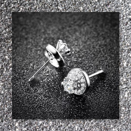 Other New 18k White Gold Filled Stud Earrings