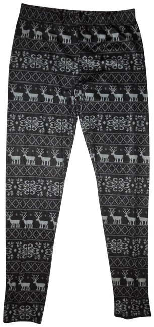 Preload https://img-static.tradesy.com/item/23142365/cold-crush-dark-gray-light-blue-reindeer-snowflakes-theme-stretchy-pants-leggings-size-12-l-32-33-0-1-650-650.jpg