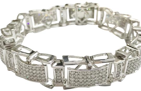 Preload https://img-static.tradesy.com/item/23142412/stunning-14k-diamond-bracelet-0-1-540-540.jpg