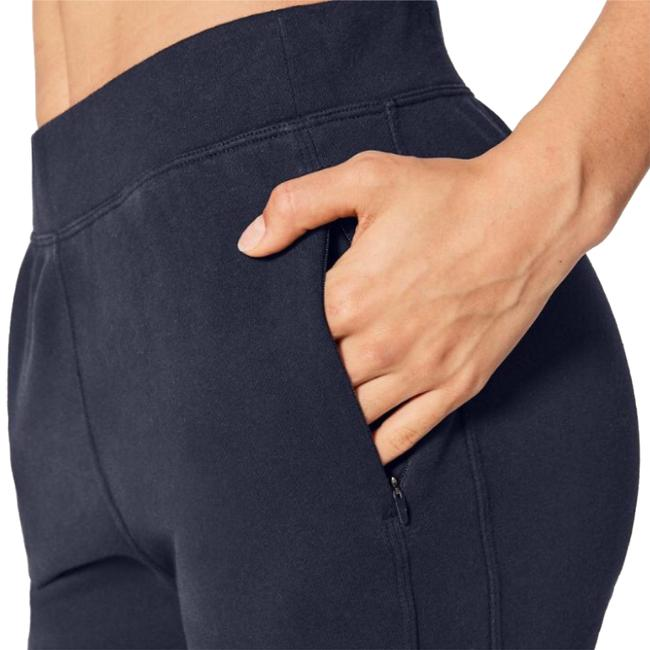 Preload https://img-static.tradesy.com/item/23142513/lululemon-midnight-navy-mdni-free-to-roam-jogger-activewear-bottoms-size-6-s-0-1-650-650.jpg