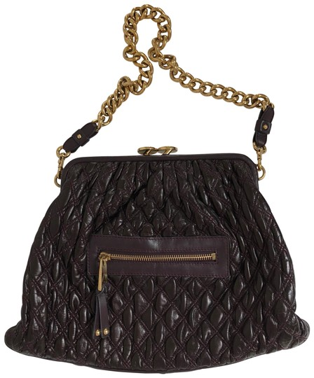 Preload https://img-static.tradesy.com/item/23142651/marc-jacobs-quilted-stam-violet-leather-shoulder-bag-0-1-540-540.jpg