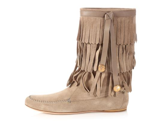 Preload https://img-static.tradesy.com/item/23142669/gucci-taupe-suede-venere-fringe-moccasin-bootsbooties-size-eu-385-approx-us-85-wide-c-d-0-0-540-540.jpg
