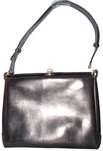 Gucci Multi-compartment 60's Mod Early Mint Vintage Dressy Or Casual Small Pouch Included Shoulder Bag