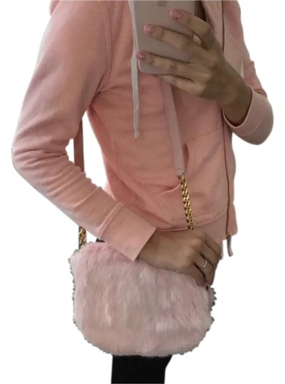 Preload https://img-static.tradesy.com/item/23143042/juicy-couture-pink-rabbit-fur-cross-body-bag-0-1-540-540.jpg