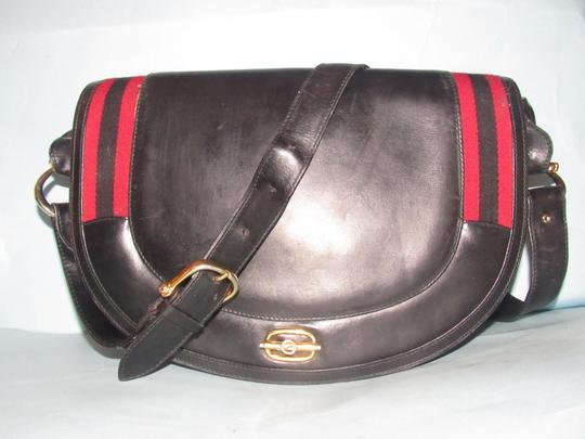 Gucci Equestrian Early Style Multiple Compartment Dressy Or Casual Shoulder Bag