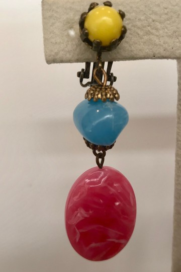 Vintage VINTAGE PINK, BLUE & YELLOW LUCITE DROP DANGLE EARRINGS, CHUNKY
