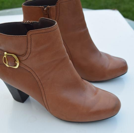 Clarks tan Boots