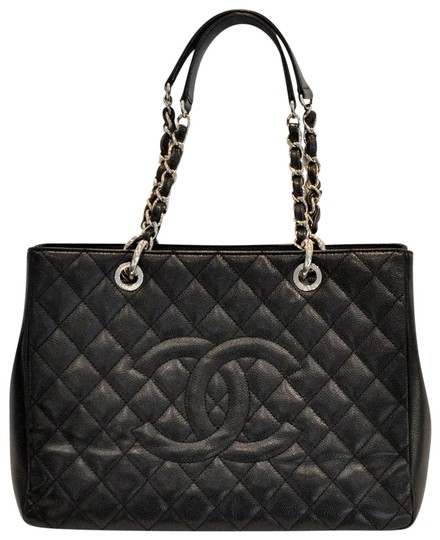 Preload https://img-static.tradesy.com/item/23143336/chanel-shopping-gst-grand-shopper-black-leather-tote-0-2-540-540.jpg