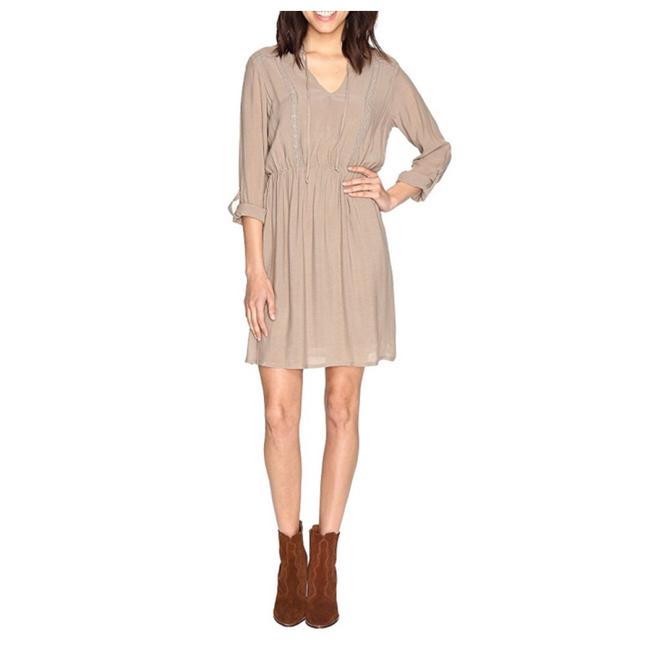 Preload https://img-static.tradesy.com/item/23143753/bobeau-beige-new-liv-boho-festival-34-sleeve-summer-mid-length-short-casual-dress-size-8-m-0-0-650-650.jpg
