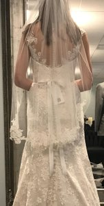 Medium With Lace Edging Bridal Veil