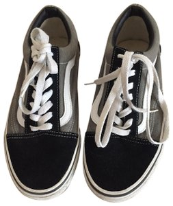 Vans Classic Sneaker Unisex grey and black Athletic