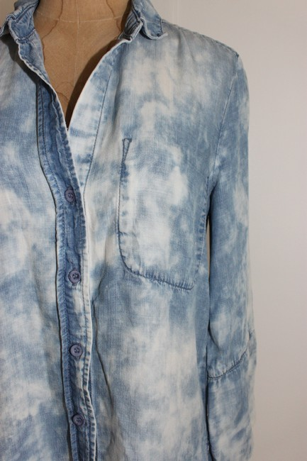 Anthropologie Chambray Tencel Slouchy Acid Wash Button Down Shirt BLUE