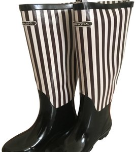 Henri Bendel Brown and White Boots