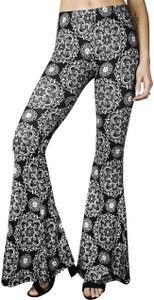 Daisy Del Sol Yoga Workout Bohemian High Waisted Flare Pants Black White