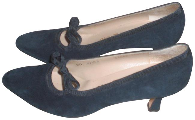 Item - Blue Salvatore-ferragamo-suede-leather-pump-with-bow-size-8-5-aaa Pumps Size US 8.5 Narrow (Aa, N)