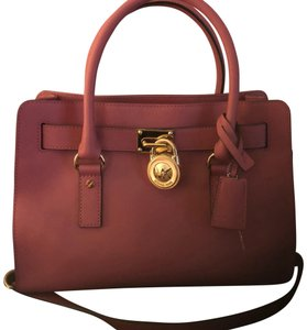 66b0e320485c Michael Kors Satchels - Up to 90% off at Tradesy