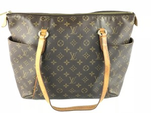 Louis Vuitton Totally Monogram Lv Shoulder Bag