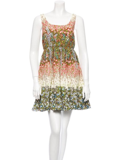 Alice + Olivia Red Green Cream Jordana Floral Mid-length Short Casual Dress Size 2 (XS) Alice + Olivia Red Green Cream Jordana Floral Mid-length Short Casual Dress Size 2 (XS) Image 1