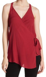 Willow & Clay Surplice Neckline Back Keyhole Side Tie Closure Wrap Construction Sleeveless Top Red