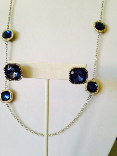 Other 2 Piece Set Faceted Blue Crystal & Rope Design Halo Necklace & Earrings